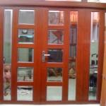 Vì sao nên chọn cửa nhôm kính vân gỗ?