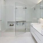 Có nên lựa chọn vách tắm kính cho công trình nhà mình?