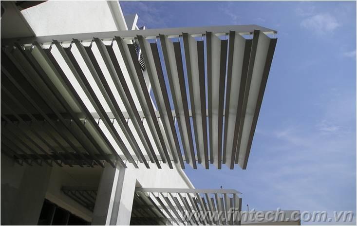 Lam chắn nắng hình máy bay– Giải pháp chắn nắng hiệu quả1