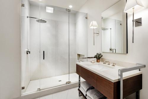 Mách bạn cách vệ sinh cabin tắm nhanh chóng, hiệu quả