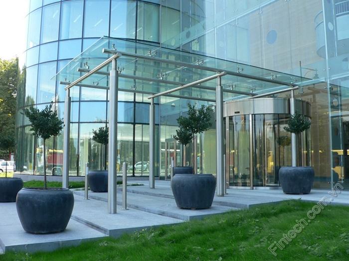 Ứng dụng nhôm kính vào kiến trúc hiện đại cùng Fintech 1