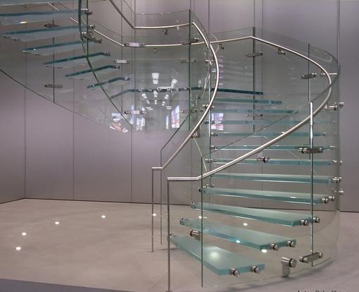 Báo giá cầu thang kính cường lực tại công ty cp đầu tư xây dựng Fintech5