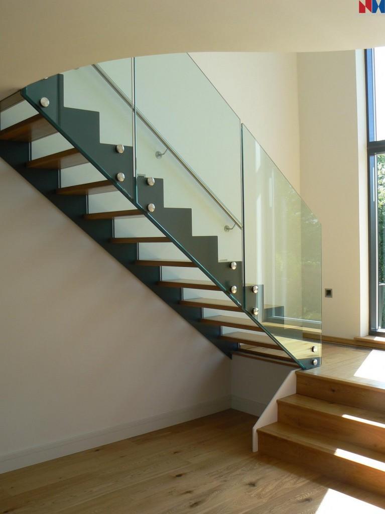 Cầu thang kính không trụ - Sự lựa chọn số 1 cho mọi công trình2