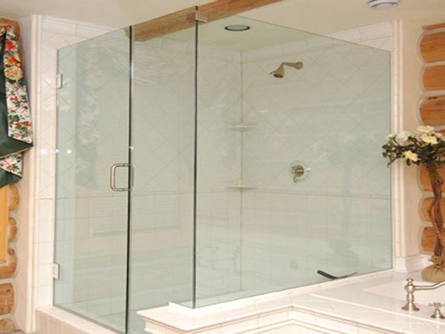 3 mẹo nhỏ giúp tăng gấp đôi tuổi thọ vách tắm kính phòng tắm 3
