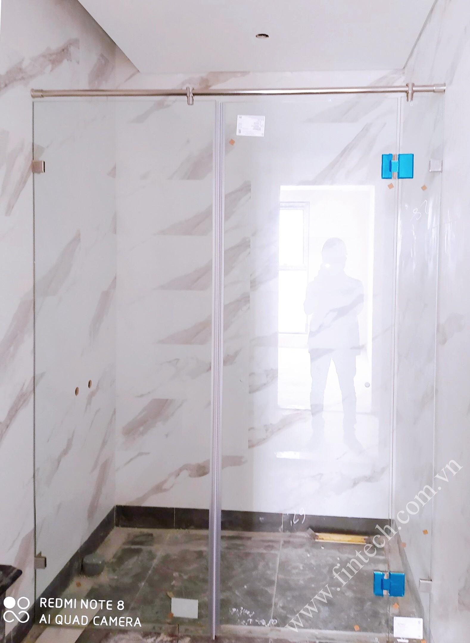 Cabin tắm loại nhỏ sau khi lắp đặt hoàn thiện