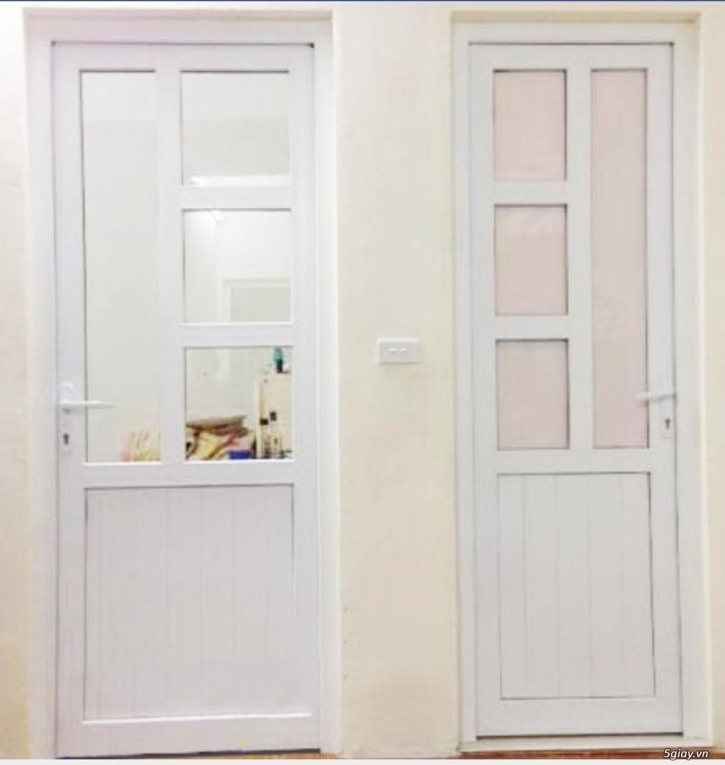 Mẫu cửa phòng ngủ nhôm kính màu trắng