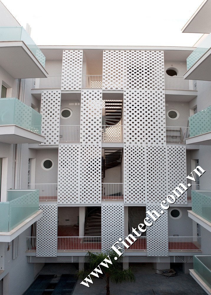 Lam chắn nắng CNC trang trí chung cư mini