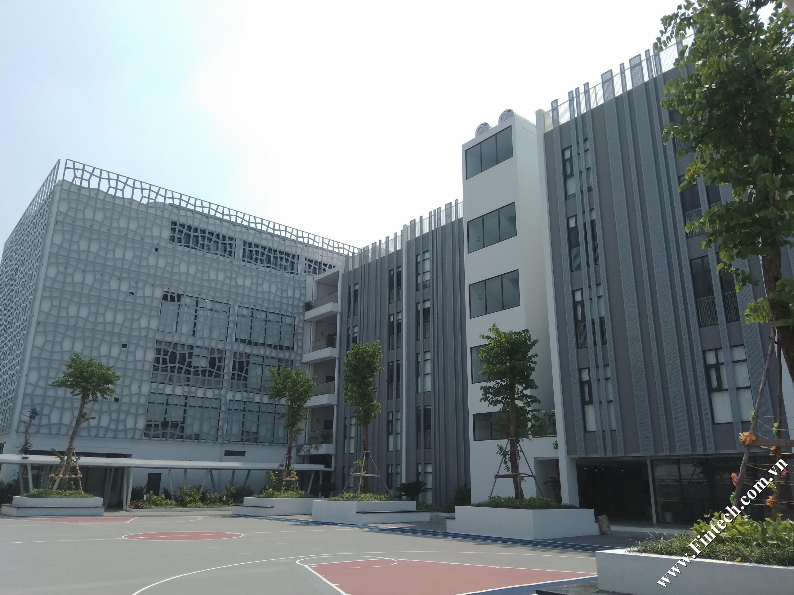 Lam chắn nắng CNC trang trí trường học