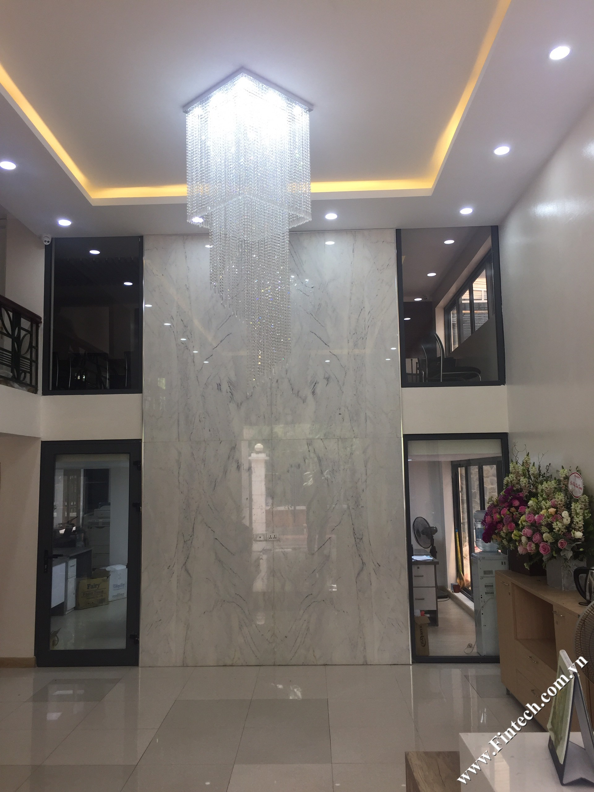 Tòa nhà biệt thự cải tạo làm văn phòng 1