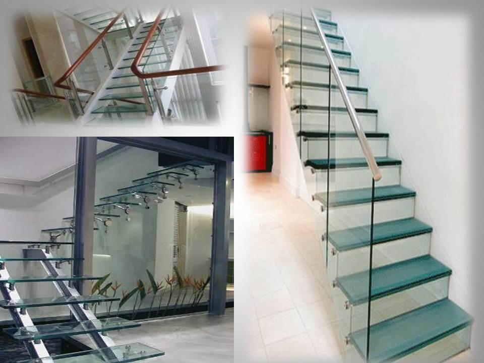 Thiết kế ngôi nhà hiện đại với cầu thang kính2